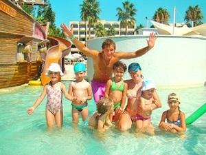 Где  можно  отдохнуть  в  новогодние  каникулы  вместе  с  детьми?